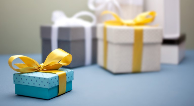 5 Best Rakhi Gift Ideas to Express Love to Dearest Brother on this Raksha Bandhan! - Rakhi Bazaar Blog