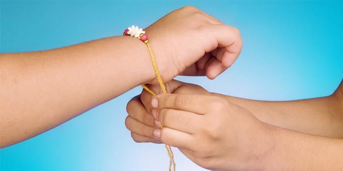 12 Most Essential Things for Ritualistic Raksha Bandhan